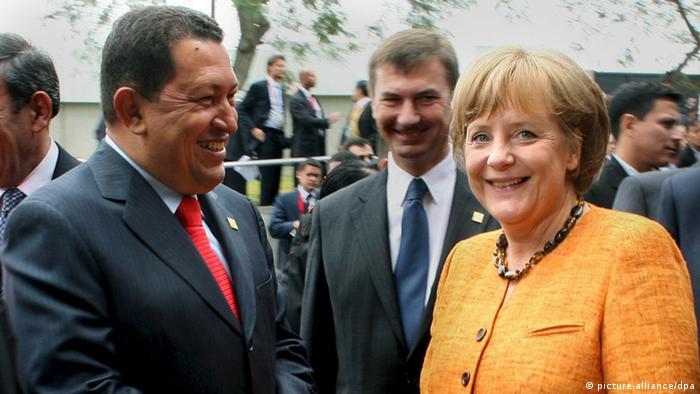 Venuzuela Präsident Hugo Chavez und Bundeskanzlerin Angela Merkel in Lima