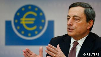 Mario Draghi, President of the European Central Bank (ECB) , addresses the media during his monthly news conference in Frankfurt, March 7, 2013. Draghi announced that the ECB leaves the interest rates unchanged. REUTERS/Kai Pfaffenbach (GERMANY - Tags: BUSINESS)