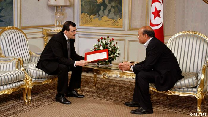Tunesiens Ministerpräsident Ali Larayedh (l.) bei Präsident Moncef Marzouki Foto: Zoubeir Souissi