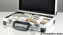 Symbolbild Geldkoffer Dollar
