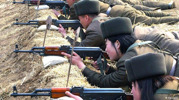 North Korean soldiers attend military training in this picture released by the North's official KCNA news agency in Pyongyang March 7, 2013. REUTERS/KCNA (NORTH KOREA - Tags: POLITICS MILITARY) ATTENTION EDITORS - THIS PICTURE WAS PROVIDED BY A THIRD PARTY. REUTERS IS UNABLE TO INDEPENDENTLY VERIFY THE AUTHENTICITY, CONTENT, LOCATION OR DATE OF THIS IMAGE. THIS PICTURE IS DISTRIBUTED EXACTLY AS RECEIVED BY REUTERS, AS A SERVICE TO CLIENTS. QUALITY FROM SOURCE. NO THIRD PARTY SALES. NOT FOR USE BY REUTERS THIRD PARTY DISTRIBUTORS