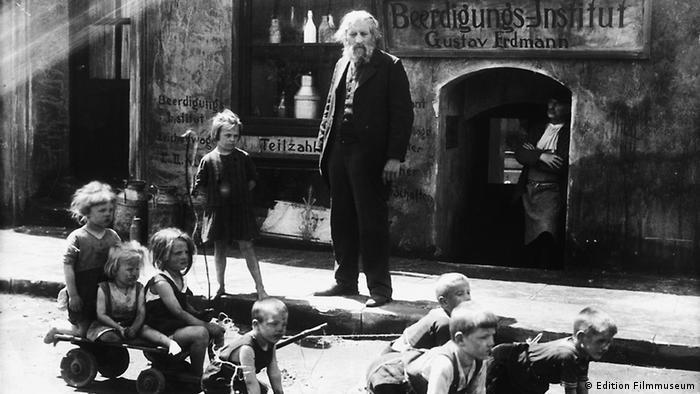 Szene aus dem Gerhard Lamprecht-Film Die Verrufenen (Foto: DVD Anbieter Edition Filmmuseum)