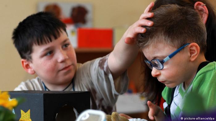 Два ученика школы со включенным обучением в Шверине