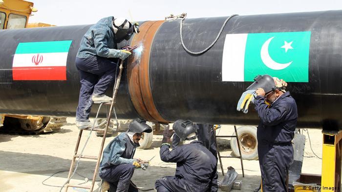 Pipelinebau Iran Pakistan Arbeiter