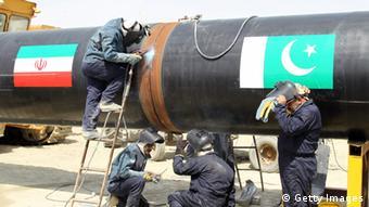 На строительстве газопровода из Ирана в Пакистан