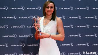 British heptathlete Jessica Ennis poses with her Laureus Sportswomen of the Year award during the 2013 Laureus World Sports Awards, at Municipal Theater in Rio de Janeiro March 11, 2013. REUTERS/Sergio Moraes (BRAZIL - Tags: SPORT ATHLETICS ENTERTAINMENT)