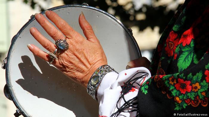 Symbolbild Sinti Roma Folklore