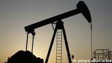 Symbolbild Erdölförderung Erdöl Öl