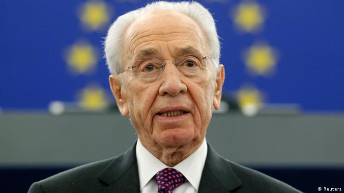 Israel's President Shimon Peres addresses the European Parliament in Strasbourg, March 12, 2013. REUTERS/Jean-Marc Loos (FRANCE - Tags: POLITICS)