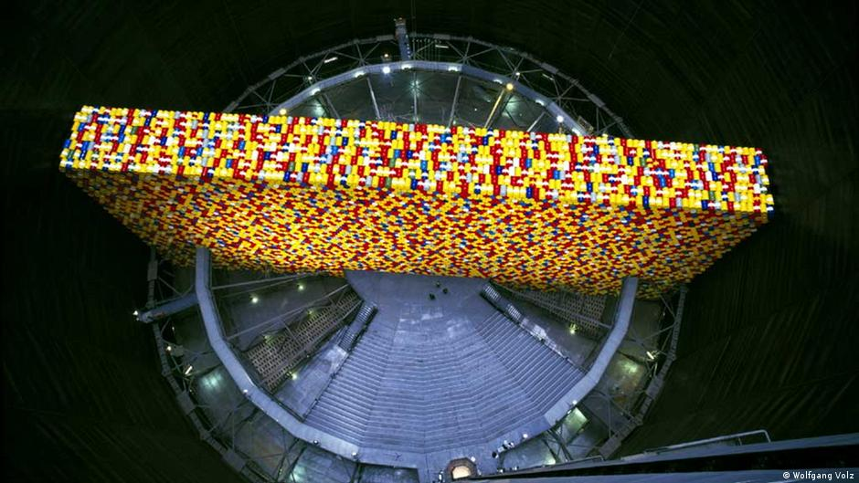 The Wall, an installation by Christo and Jeanne-Claude at the Gasometer Oberhausen in 1999