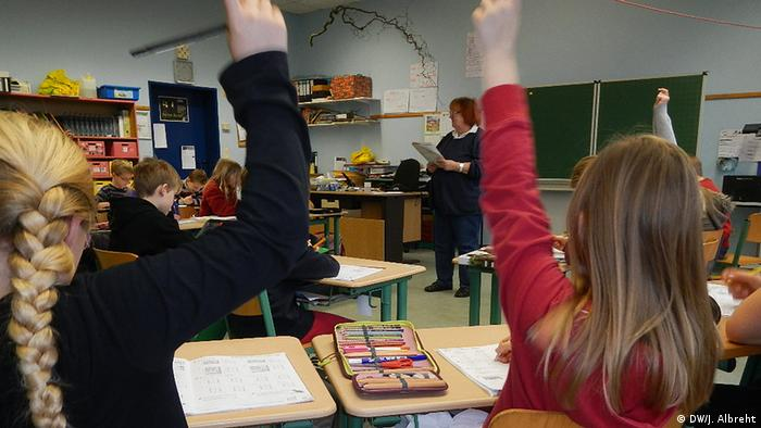 Deutschland Schule Plattdeutsch an Grundschulen