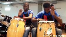 Foto : Angolaisch-Venezuelanischer Musikaustausch Orchester Kaposoka Trommeln Ort: Caracas, Venezuela Datum:27.2.2913 Autorin: DW/Eliana de Aragão Jorge