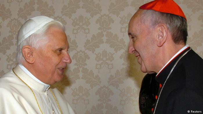 Papst Franziskus Bergolglio mit Papst Benedikt 2007
