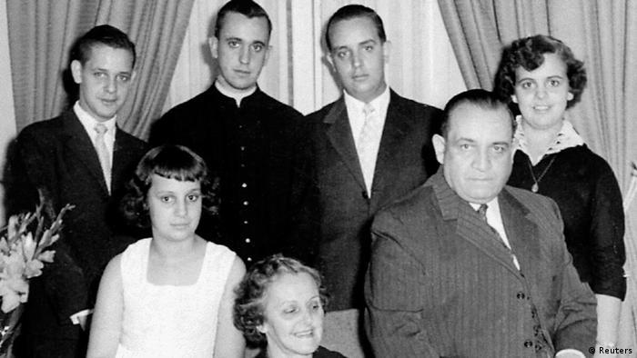 Papst Franziskus Leben in Argentinien Familie (Reuters)