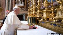 Papst Franziskus erste Messe