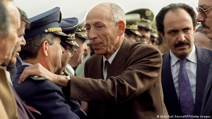 Muhammad Boudiaf Präsident Algerien im Jahr 1992 (Abdelhak Senna/AFP/Getty Images)