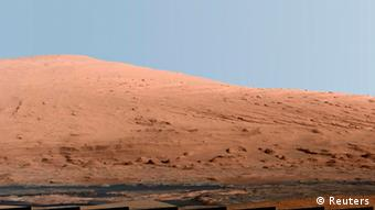 A portion of Mount Sharp, on Mars is pictured in this panorama made from a mosaic of images taken by the Mast Camera (Mastcam) on NASA's Mars rover Curiosity September 20, 2012 Photo: REUTERS/NASA/JPL-Caltech/MSSS/Handout
