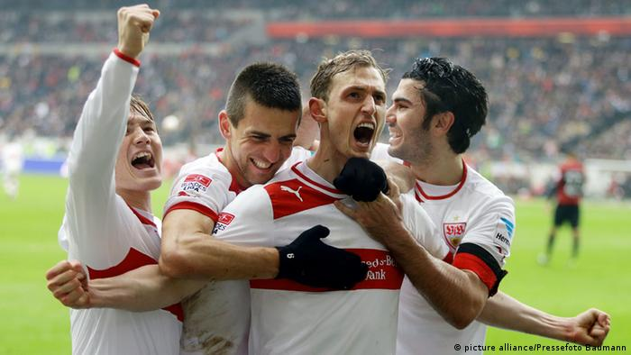 Stuttgart players celebrate a goal (Photo: Picture alliance / Pressefoto Badmann)