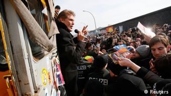 David Hasselhoff at a protest for the protection of the East Side Gallery in Berlin, Copyright: REUTERS/Tobias Schwarz