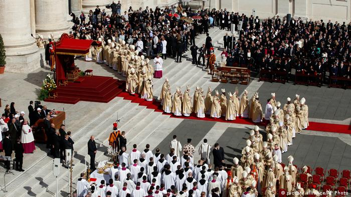 Prelates attend Pope Francis' inaugural Mass in St. Peter's Square at the Vatican, Tuesday, March 19, 2013. Pope Francis has officially begun his ministry as the 266th pope, receiving the ring symbolizing the papacy and a wool stole symbolizing his role as shepherd of his 1.2-billion strong flock.. (AP Photo/Andrew Medichini)