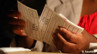 Votes being counted Photo:Philimon Bulawayo/REUTERS