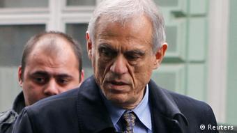 Οι κύπριοι διαπραγματευτές αναζητούν ρωσική βοήθεια για την υπέρβαση της κρίσης