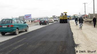 Afghanistan Autobahn Mazar-Kabul bei Mazar-i Scharif