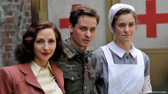 Medienhype Um Unsere Mütter Unsere Väter Kultur Dw 21032013