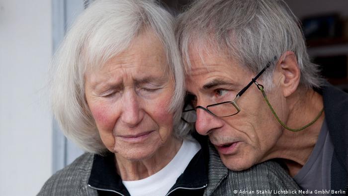 """El documental """"No me olvides"""", de David Sieveking, muestra sin tapujos los estragos que causa la demencia."""