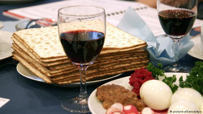 Pão ázimo, vinho e outros alimentos judaicos