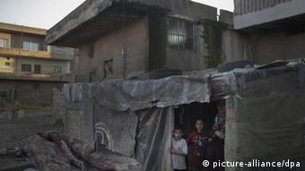Syrische Flüchtlinge in einer Unterkunft in der Stadt Bar Elias, im libanesischen Bekaa-Tal. (Foto: Melnikov/RIA Novosti)