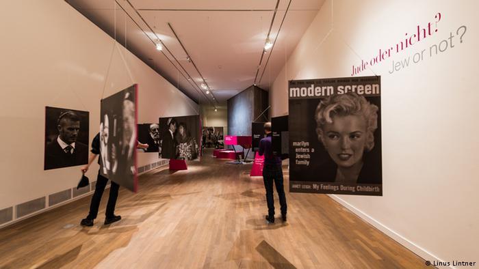 Ausstellung, Die ganze Wahrheit Jüdisches Museum Berlin, Foto: Linus Lintner