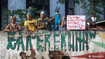 Native Indians and their supporters protest at the Brazilian Indian Museum in Rio de Janeiro March 22, 2013 (Photo: Ricardo Moraes)