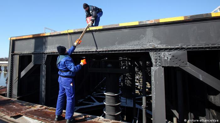 Ремонтные работы на Кильском канале