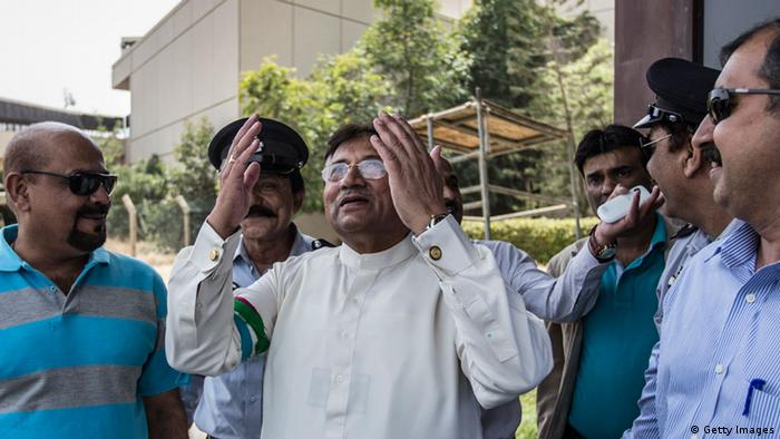 KARACHI, PAKISTAN - MARCH 24: Former Pakistani president, Pervez Musharraf raises his hand in prayer as he looks to the sky after landing on Pakistani soil, at Karachi airport on March 24, 2013 in Karachi, Pakistan. The former Pakistani president and military ruler returned to Pakistan after 4 years of self-imposed exile to participate in historic elections in May. Mr Musharraf has been granted protective bail in several cases, including conspiracy to murder which has paved his way allowing for his return. (Photo by Daniel Berehulak/Getty Images)