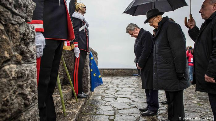 German President Joachim Gauck and Italian President Giorgio Napolitano remember the victims of one of the worst Nazi atrocities committed in Italy during WWII. Foto: Jesco Denzel dpa +++(c) dpa - Bildfunk+++