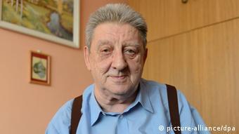 Zygmunt Rychlicki, ein polnischer Verwandter der deutschen Bundeskanzlerin Angela Merkel in seiner Wohnung in Posen (EPA / Jakub Kaczmarczyk)