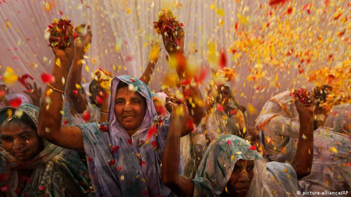 Bildergalerie Holi Fest in Indien 2013 (picture-alliance/AP)