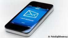 Symbolbild Soziale Medien Social Media Smartphone