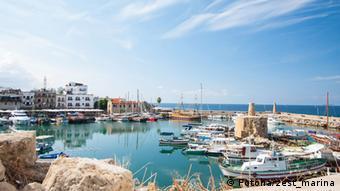 Σαν μια ανάδυση από το σκοτάδι στο φως βλέπει η Λεονόρα Ζέελινγκ τις χειμερινές περιηγήσεις στην Κύπρο