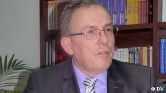 Porträt von Rame Buja, Bildungsminister im Kosovo (Foto: DW/Cani)