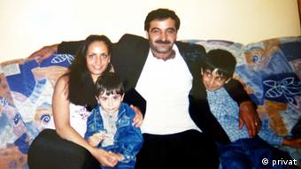 Gamze Kubasik with her father and brothers Copyright: private