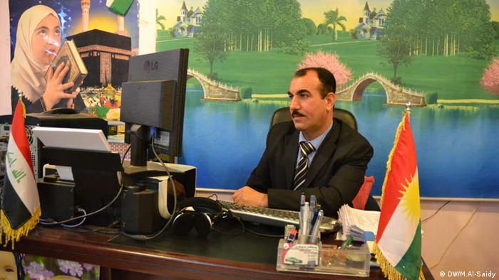 Office of marriage in Sulaymaniyah. Photo titl\ High flesh Swor, Office Manager, Sulaymaniyah, Iraq. Place and Date: Iraq, Sulaymaniyah, March, 27,2013. Copyright\ Photographer: Munaf Al-saidy.