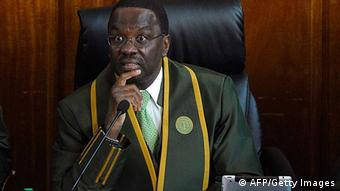 Kenias Oberster Richter Willy Mutunga (Foto: TONY KARUMBA/AFP/Getty Images)