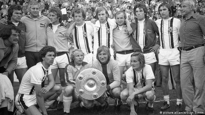 Die Meistermannschaft Borussia Moenchengladbach