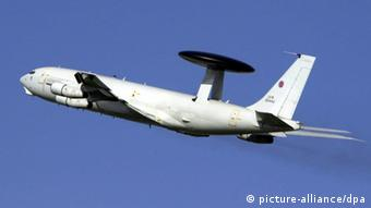 AWACS-Flugzeug (picture-alliance/dpa)