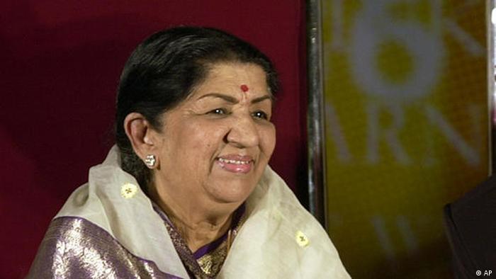 Lata Mangeshkar 2006 (AP)
