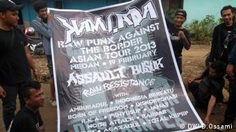 Punks in Medan Bild: Darius Ossami 2013