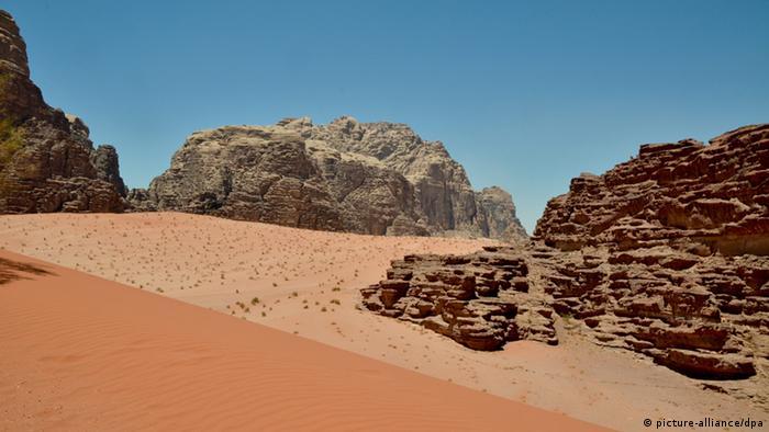 Jordanien Wadi Rum Wüste Reise Tourismus