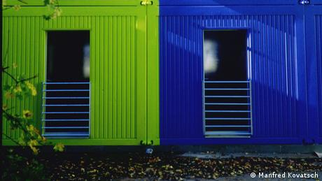 Living containers Photo: Prof. Manfred Kovatsch.